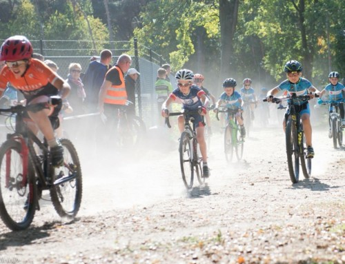 Eerste wedstrijd van de Limburg Cross in Baarlo